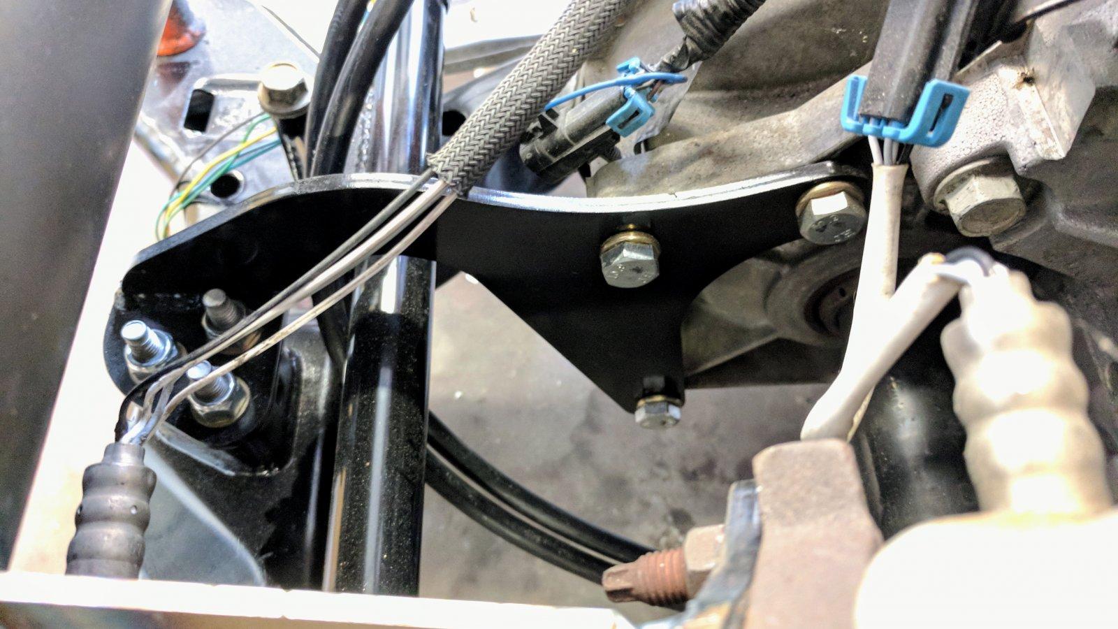 rear trans mount.jpg